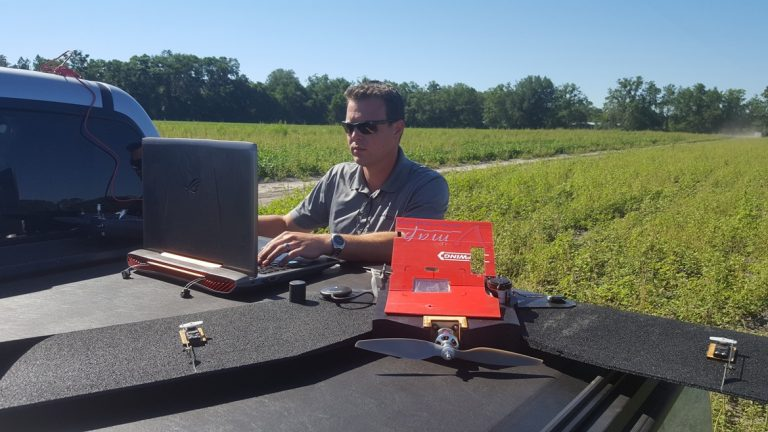 Uploading the automatic launch to landing image acquisition using V-Map on a TuffWing UAV mapper