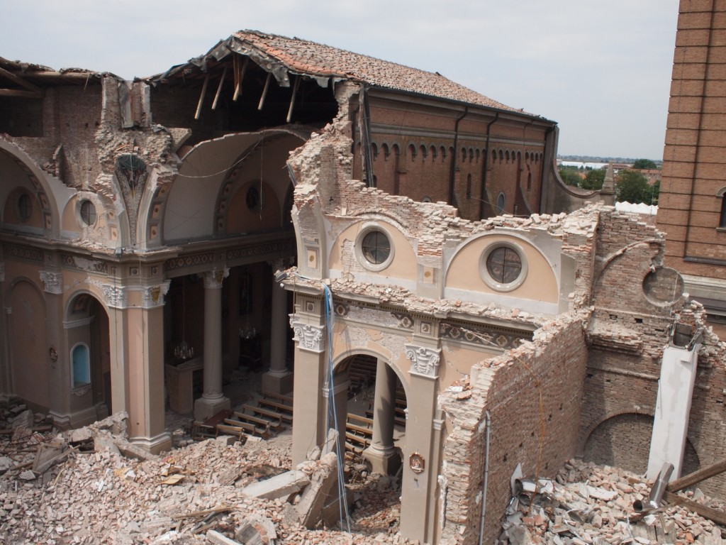 earthquake damage, mirabello, italy
