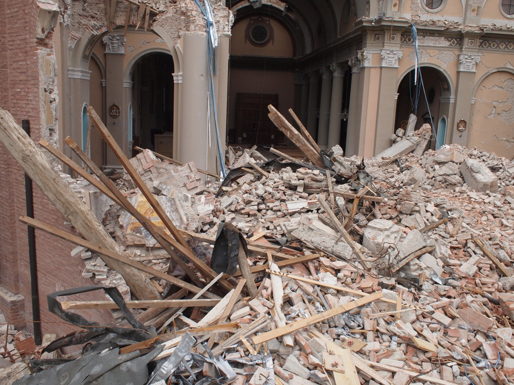 uav surveying  of earthquake damage